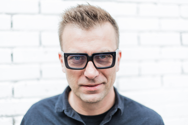 04.04.2019 Warszawa , ulica Wilcza 12 a . Designer Tomek Rygalik .Fot. Adam Stepien / Agencja Gazeta